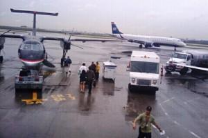 Cerrado por Irene, aeropuerto de Miami