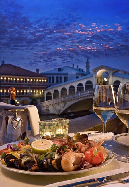 Venecia: Agua, piedra, ficción, ilusión, confort…y vida
