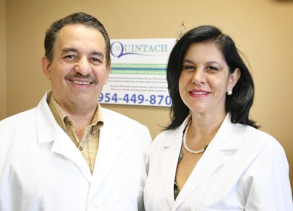 Dr. Laureano Chileuitt y su esposa Luz Stella