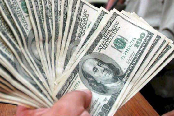 Suben los sueldos en Estados Unidos y baja el consumo
