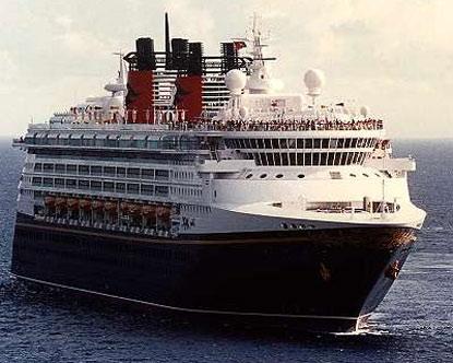Disney echa al agua su nuevo crucero con sorpresas espectáculares