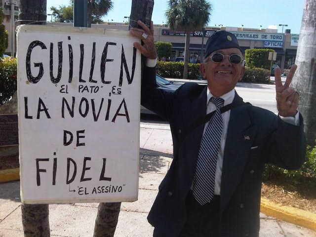 Protesta contra Guillén en Miami