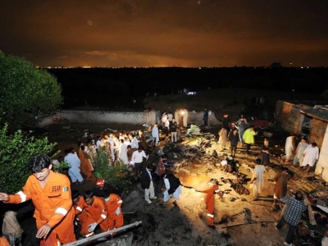 Se estrella avión en Pakistán