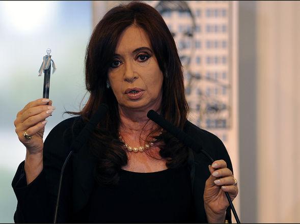 Cristina Kirchner anuncia la expropiación de Repsol