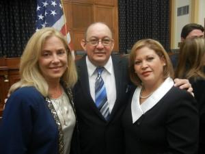 Beatriz Olavarria, Pedro Mena y su esposa Rosa Dominguez