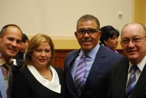 """Omar """"Kike"""" Vizquel, Rosa Dominguez y Luis Salazar"""