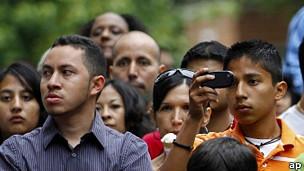 Hispanos enfrentan cada vez más obstáculos para votar