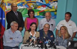Rueda de Prensa en Miami