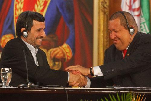 Chavez y Admadinejad