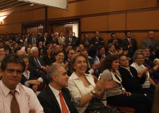 Concurrencia acto Club El Nogal con Älvaro Uribe