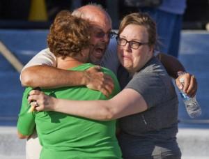 Escenas de dolor de los familiares de las victimas