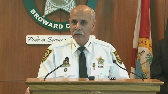 Charla sobre seguridad en Weston con el sheriff de Broward