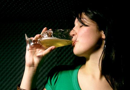 Beber cerveza con moderacion