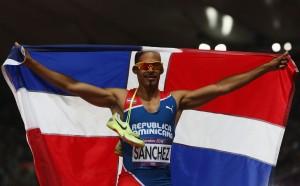 Felix Sánchez abrazó la gloria y la bandera de su país