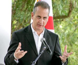 Congresista Díaz Balart aboga por medidas inmigratorias eficaces sin discriminación