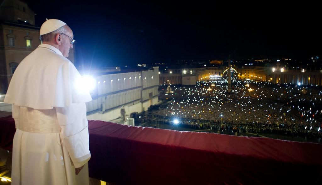 El Papa frente a la multitud