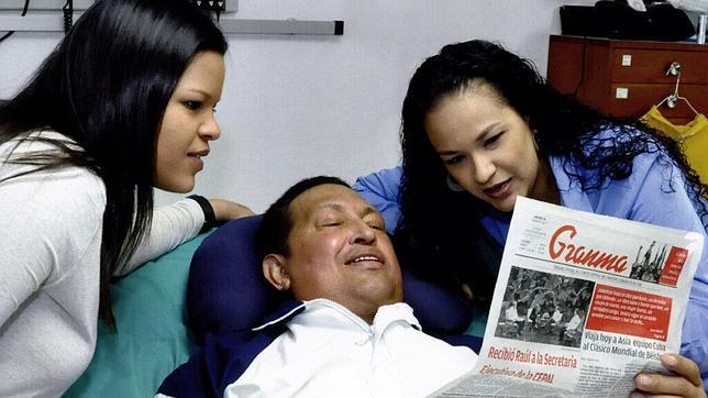Chavez y sus hijas