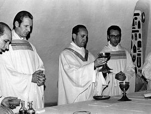 Jorge Bergoglio en 1976