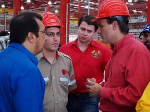 Vital Bondaryk en reunión de trabajo con el gobernador de Barinas, Adan Chavez, el vicepresidente Jorge Arreaza y el ministro Menéndez