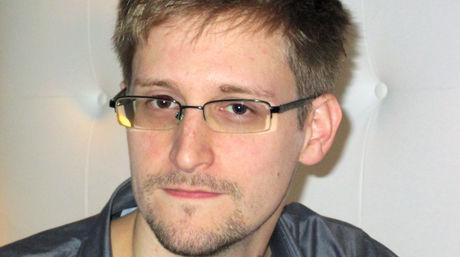 Putin anuncia que Snowden no será extraditado y que es un hombre libre