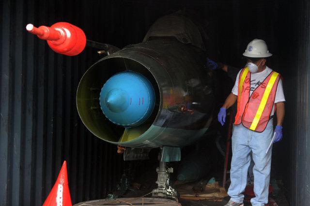 Sospechoso hallazgo de partes de aviones MiG-21 cubanos desata polémica