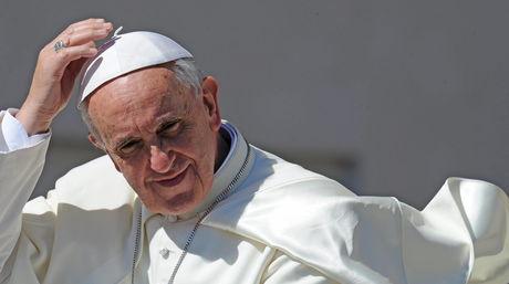El Papa Francisco llega a Río de Janeiro preocupado por el desempleo juvenil