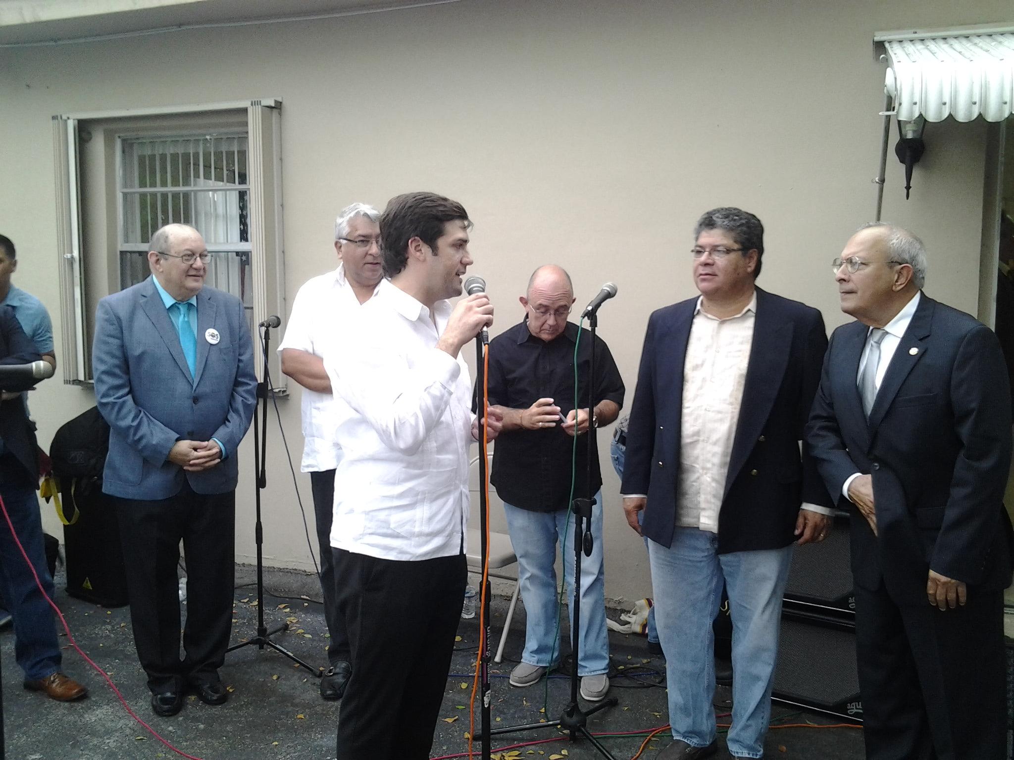 """Presentan """"Libre"""", una ONG de ayuda al inmigrante en la Florida"""