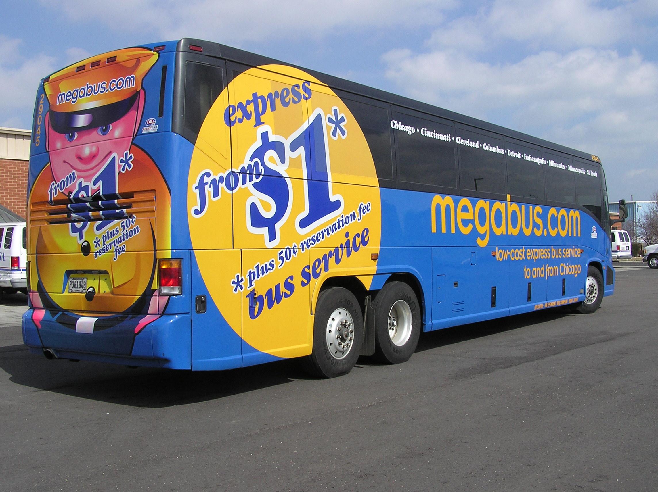 Nuevo servicio de buses: Por solo un dólar puede ir a Orlando o Tampa