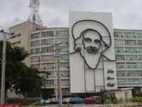 En Hialeah, el exilio cubano celebra la muerte de Fidel Castro